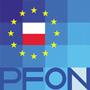 Widoczne jest logo w kształcie kwadratu a w nim wile kwadratów każdy mający inny odcień. Widocnzy jest napis PFON oraz polska flaga wokół 12 żółtych gwiazdek UE